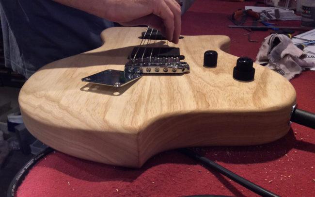 Stage#15 Forme originale de Pierre-Antoine - Hervé BERARDET Artisan Luthier, atelier Guitare et Création - luthier bordeaux