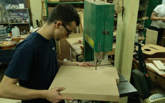 Stage#24 type Strato manche en 2017 de Antoine - Hervé BERARDET Artisan Luthier, atelier Guitare et Création