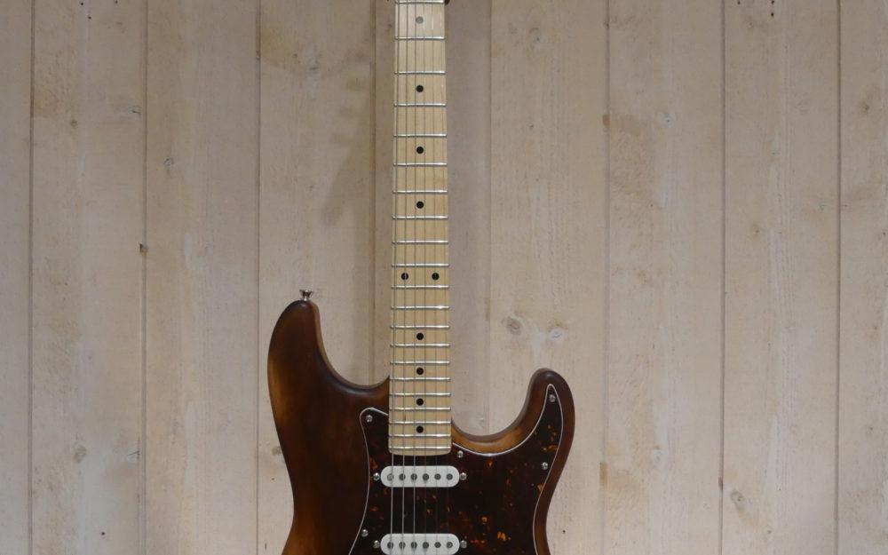 Custom Strato by Hervé BERARDET Artisan Luthier, atelier Guitare et Création à Bordeaux - Oct 2020 - Face