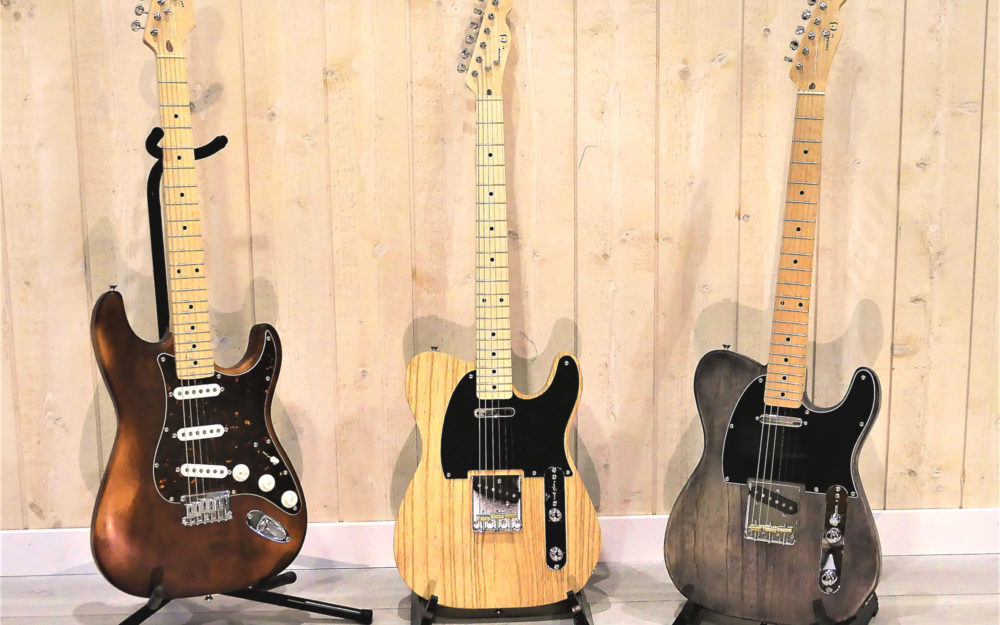 Customs Tele naturel et Anthracite et Custom Strato