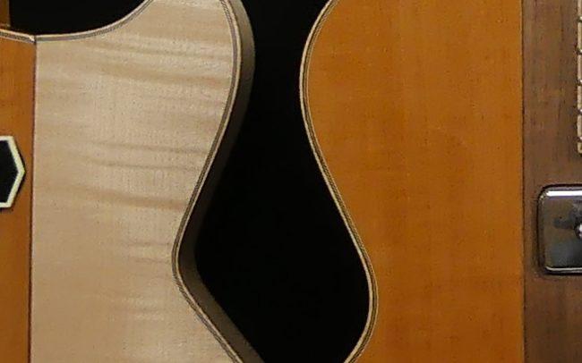 Guitare Osiris, Guitare Voyageuse et Modulaire - réalisée par Hervé BERARDET Maître Artisan Luthier, atelier Guitare et Création - Duo Osiris Centre Noyer 3